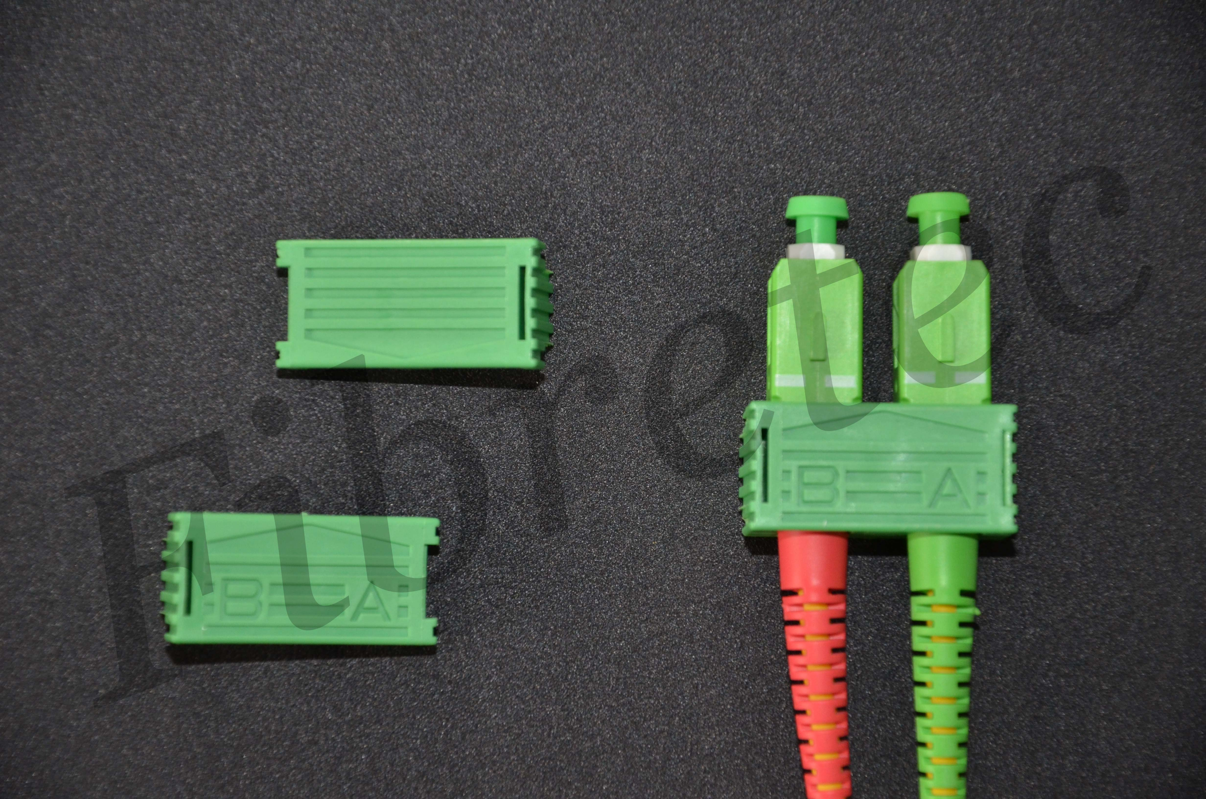 Bracelets d'accouplement pour connecteurs SCAPC monomode